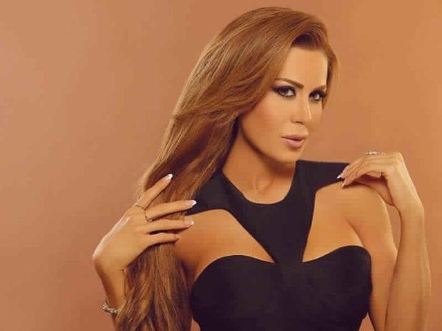 فنانة لبنانية تغني للشعب العراقي