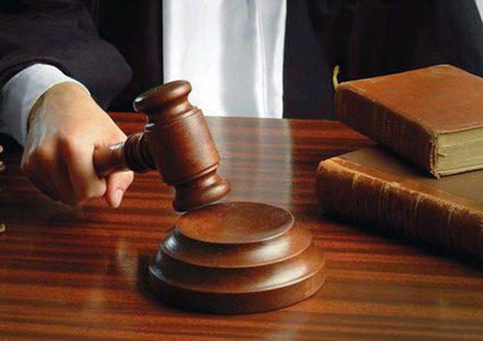 الأشغال الشاقة لمدان بتهمة الشروع بالقتل القصد