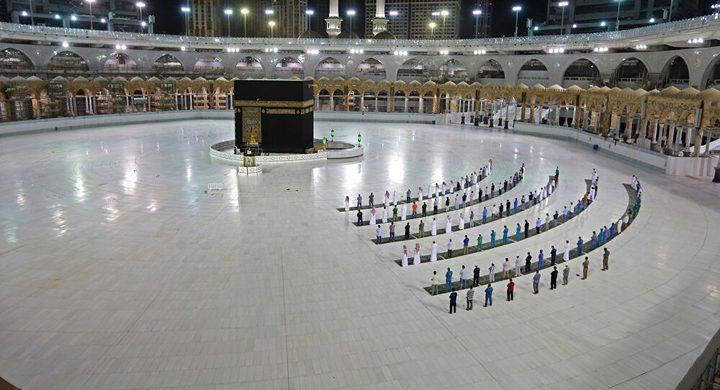 السعودية توضح ضوابط العمرة للوافدين من الخارج