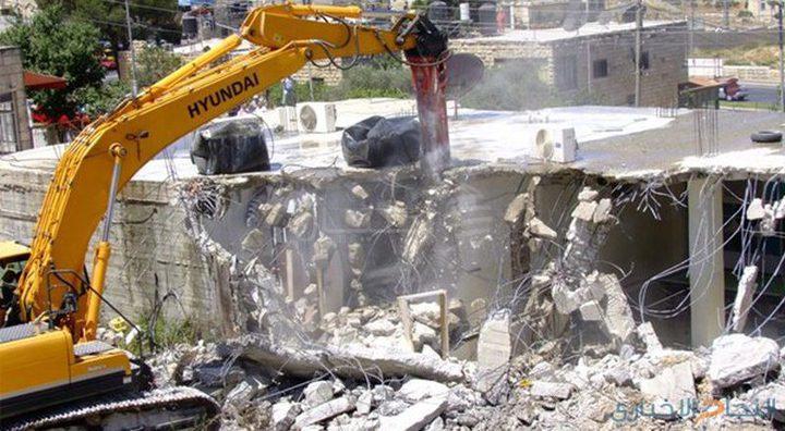 قوات الاحتلال تهدم منزلا في الطيبة غرب جنين
