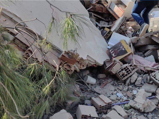 قتلى وجرحى إثر زلزال ضرب غرب تركيا