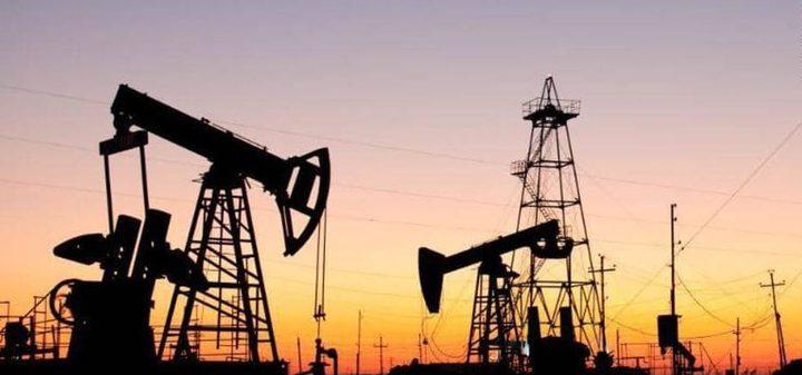 انخفاض سعر النفط من مزيج برنت