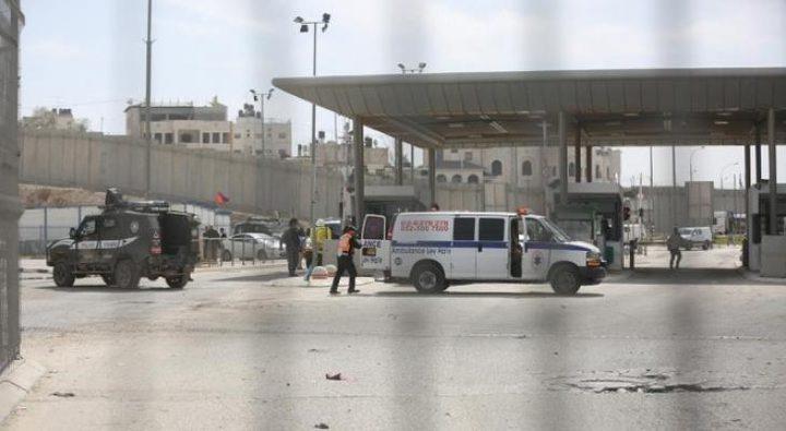 قوات الاحتلال تغلق حاجز قلنديا