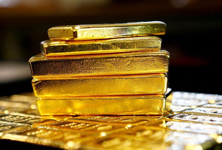 الذهب يصعد بالتزامن مع انخفاض الدولار