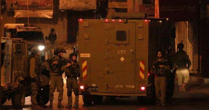 قوات الاحتلال تهدم منزل الأسير خليل دويكات في قرية روجيب