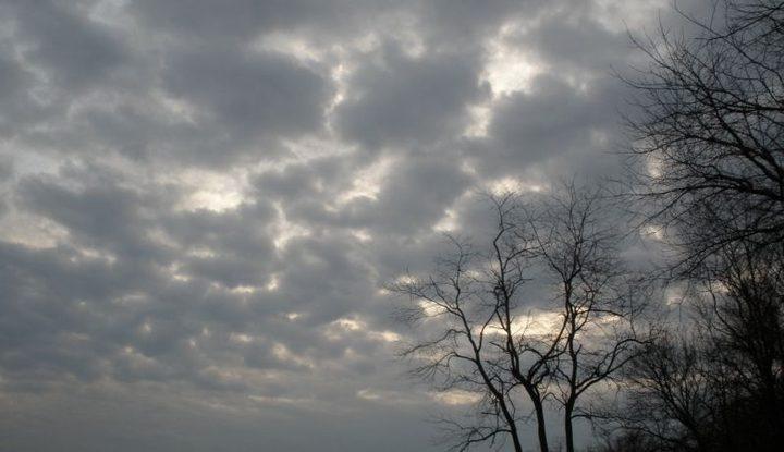 الطقس: انخفاض على الحرارة وفرصة لزخات من الامطار