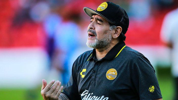 تدهور الوضع الصحي للمدرب الأرجنتيني مارادونا