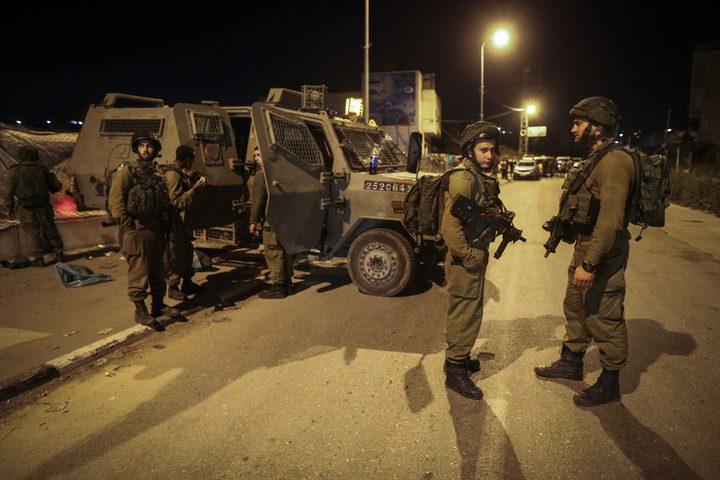 الاحتلال يشدد إجراءاته العسكرية على حاجز بيت اكسا
