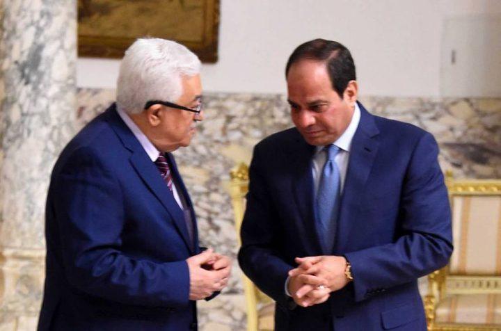 الرئيس عباس يتلقى برقية تهنئة بذكرى إعلان الاستقلال من السيسي
