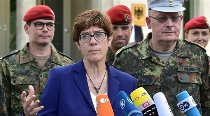 المانيا: الولايات المتحدة قد تواجه أزمة دستورية