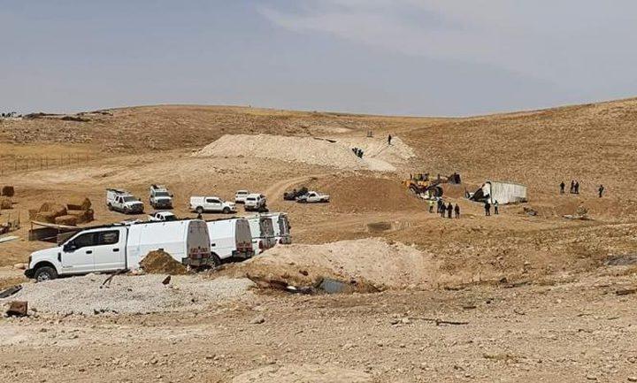 النقب: قوات الاحتلال تعتقل 3 شبان من قرية بير الحمام