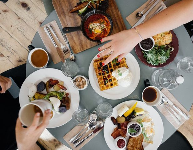 5 نصائح تمنعك من تناول الطعام عند الشعور بالتوتر