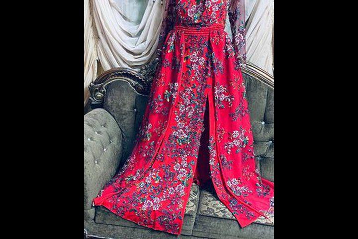 روان شيوخي مواهب متعددة في سبيل صناعة الأزياء