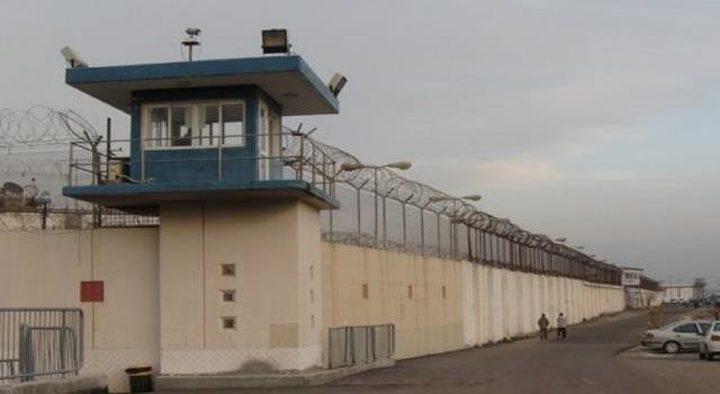 """نادي الأسير: الأسرى في سجن """"جلبوع"""" يواجهون أوضاعاً صعبة"""