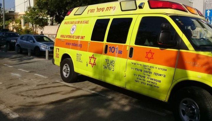 تل أبيب: مصرع عامل متأثرا بإصابته البالغة إثر سقوطه خلال عمله