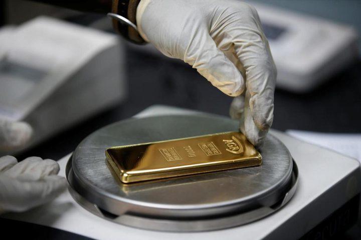 سعر الذهب عند أعلى مستوى في شهرين