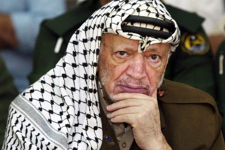 أبو هولي:عرفات شكل الجدار المنيع والملاذ الأخير لكل الفلسطينيين
