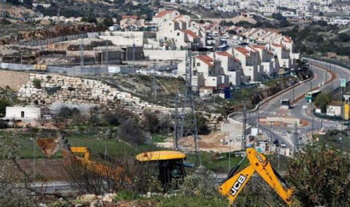 """الاحتلال """"يشرعن"""" بناء 1700 وحدة استيطانية بالضفة"""