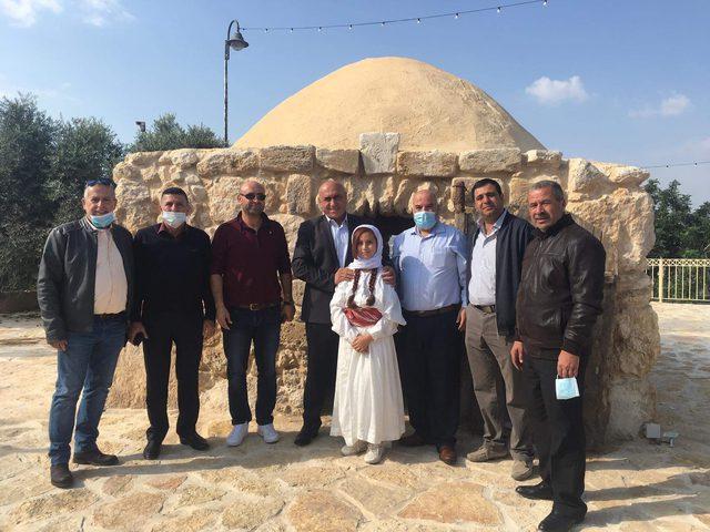 """إحياء مهرجان حصاد الزيتون """"فلسطين حكاية وضيافة"""""""