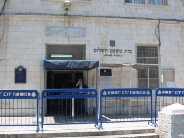 الاحتلال يمديد إعتقال الاسير المقدسي عثمان جلاجل