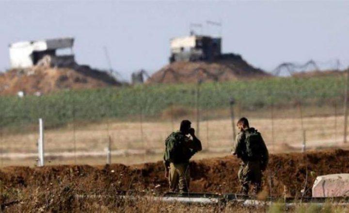 الاحتلال يستهدف أراضي زراعية ومواقع في قطاع غزة