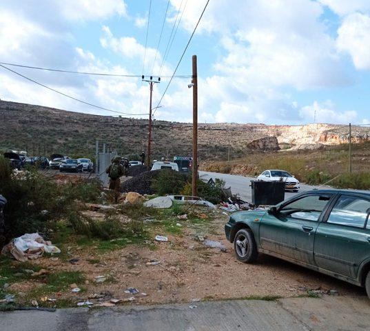 قوات الاحتلال تشرع بهدم منشأة تجارية غرب نابلس