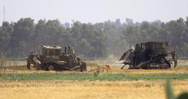 غزة: جرافات الاحتلال تتوغل في اراضي المواطنين