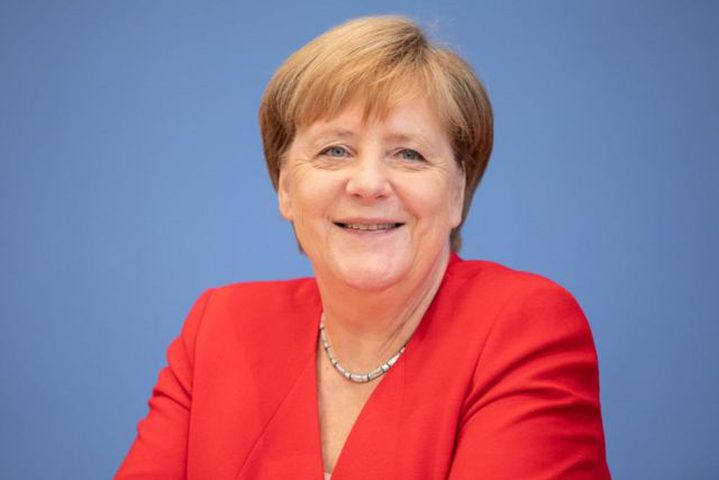 ميركل تكشف الحل الذي أوقف الزيادة لحالات كورونا في ألمانيا