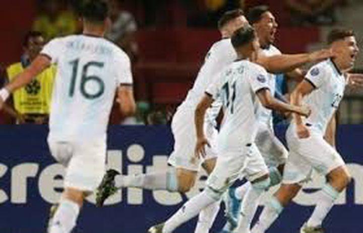 الأرجنتين تحقق انتصارا على البيرو