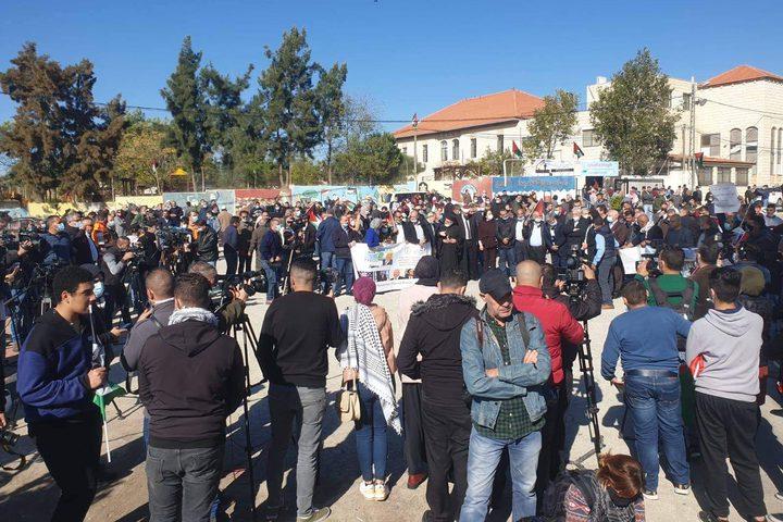 """تظاهرة في البيرة تنديدا بزيارة بومبيو إلى مستوطنة """"بساغوت"""""""