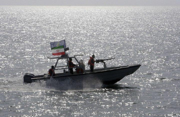 إيران تحتجز سفينة تحمل علم بنما تعمل بتهريب الوقود
