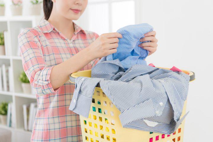 كيف يمكن إزالة الدهان عن الملابس؟