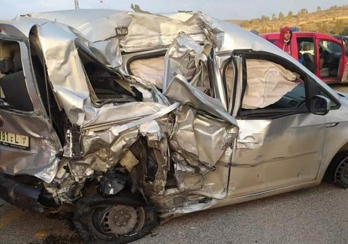 مصرع شاب 25 عاماً بحادث سير غرب الخليل