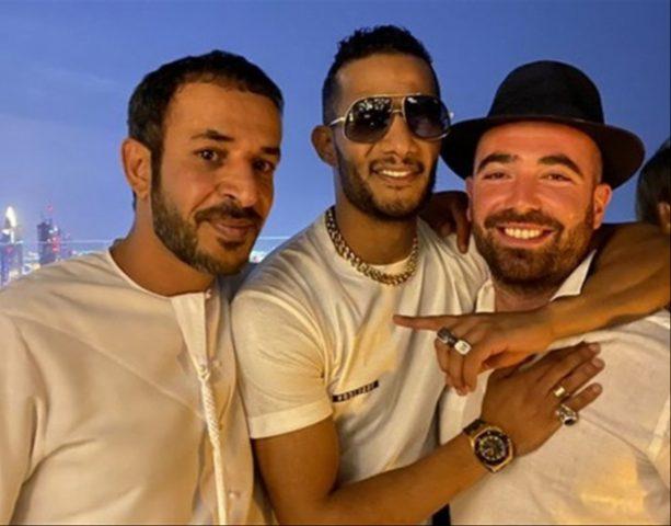 أول تعليق من الفنان محمد رمضان على صورته مع مطرب إسرائيلي