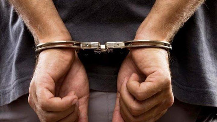 نابلس: القبض على ثلاثة متهمين بقضايا ابتزاز وسرقة