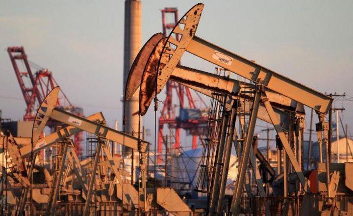 أسعار النفط ترتفع بفعل لقاح كورونا