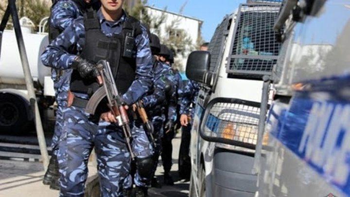 الشرطة تقبض على مطلوبين للعدالة في نابلس