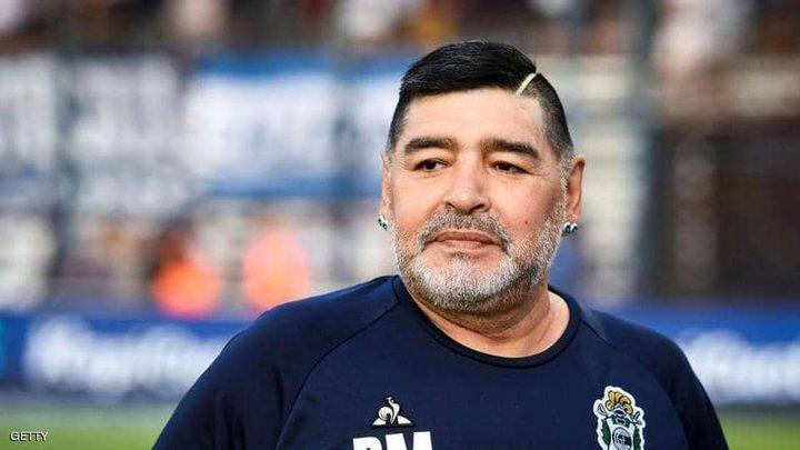 محامي مارادونا يطالب بالتحقيق في وفاته