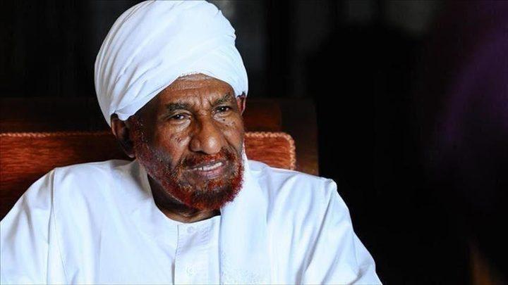 الرئيس عباس يعزي بوفاة زعيم حزب الأمة السوداني الصادق المهدي