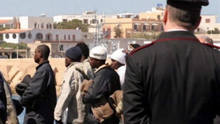 إعادة 19 تونسيا من ليبيا بإطار مكافحة الهجرة غير الشرعية