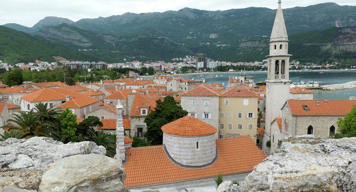 جمهورية الجبل الأسود تمهل سفير صربيا 72 ساعة لمغادرة البلاد