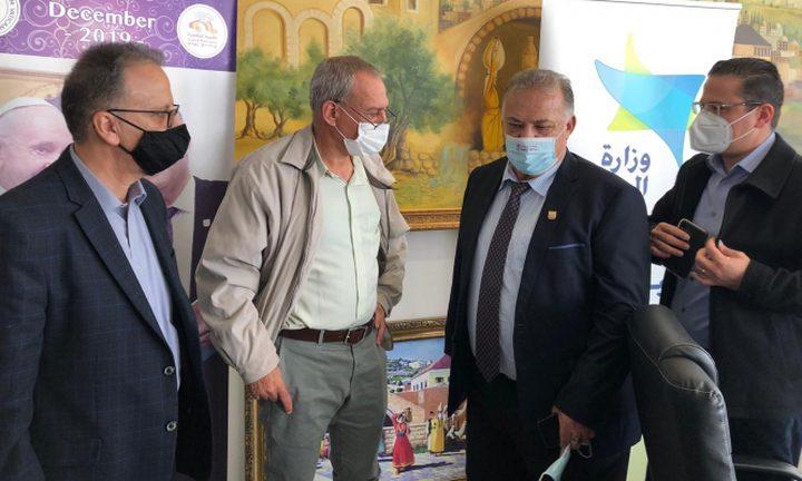 انخفاض بعدد إصابات كورونا في الناصرة واستمرار اغلاقها