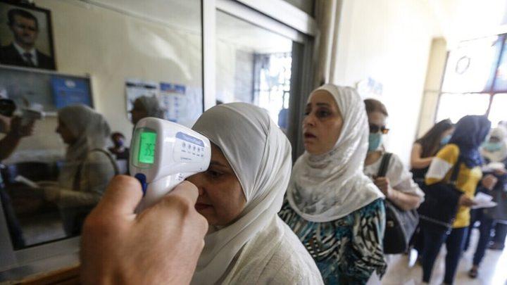 تراجع عدد الإصابات اليومي بفيروس كورونا في لبنان