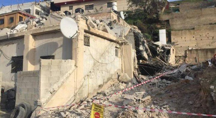 الاحتلال يهدم منزل في الطيرة بحجة البناء دون ترخيص