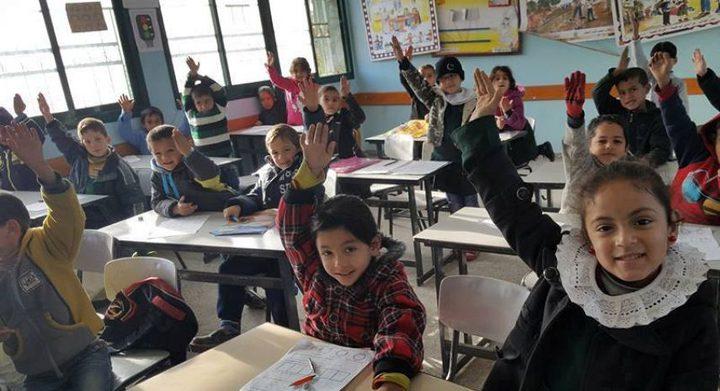 """""""التربية"""" و""""الأونروا"""" تجددان التأكيد على دعم التعليم"""