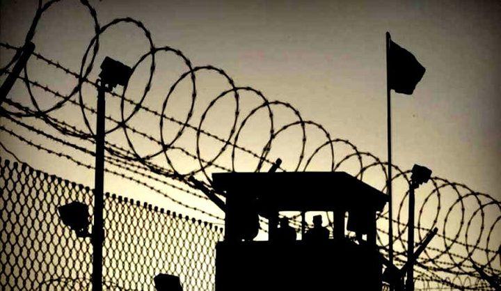 11 أسيراً يدخلون أعوامًا جديدة داخل سجون الاحتلال