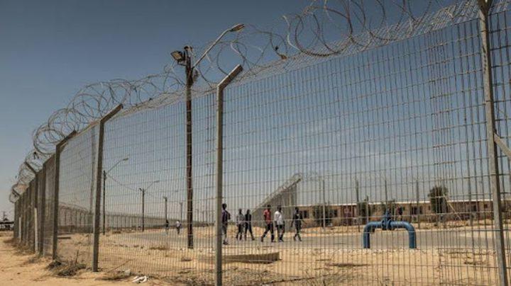 ثلاثة اسرى يدخلون اعواما جديدة في سجون الاحتلال
