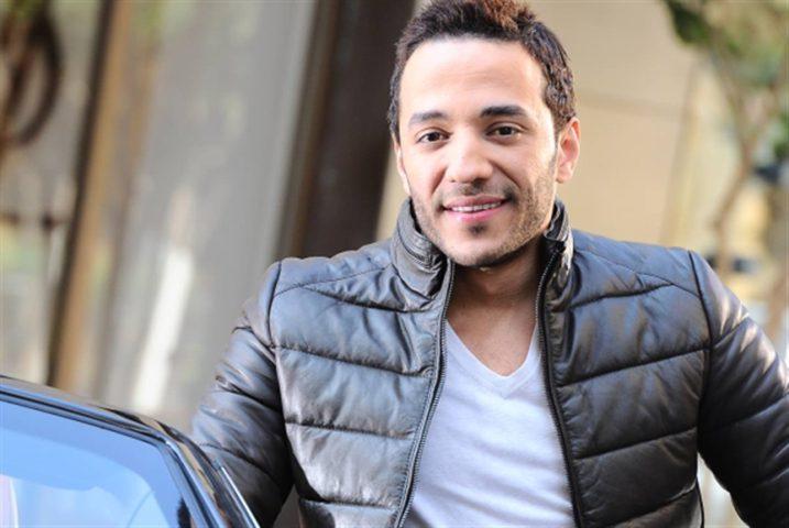 حسين الديك ينعى والده