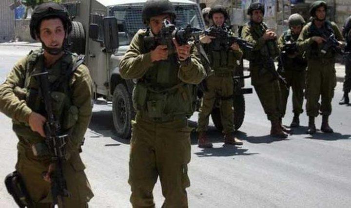 الاحتلال يقتحم نابلس وضح النهار ويعتقل مواطنين