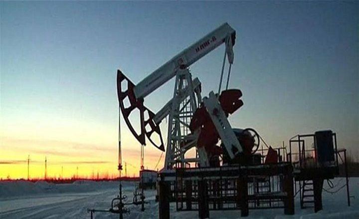 النفط ينخفض وسط تصاعد إصابات فيروس كورونا